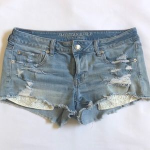 AE American Eagle low rise shorts w/ lace, size 12